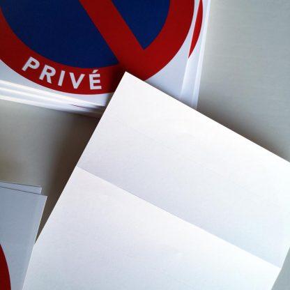 interdiction de stationner sur les parkings privés