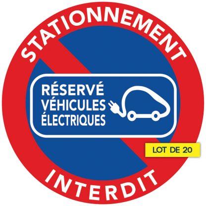 interdiction de stationner. Stationnement réservé aux véhicules électriques