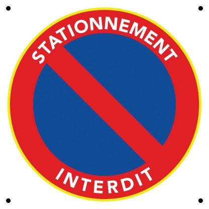 Panneau de stationnement interdit